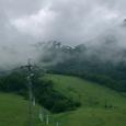 時折雨雲から顔を出す白馬連山