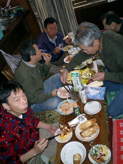 朝飯だ~~ガーリックトースト美味い!