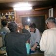 管理人働き、岩ちゃん酒を飲む