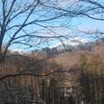 岩岳山小屋の朝 白銀の唐松岳