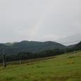 早朝6時前、虹です