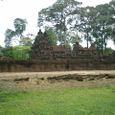 森に潜む 至宝寺院