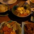 野菜炒めと豆腐煮込み
