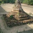 スールヤヴァルマン二世の墓