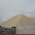 砂山と土葬墓地