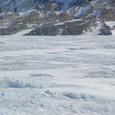 波打つ氷河表面