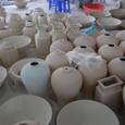 壺と水盤が沢山