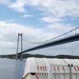 巨大な吊り橋