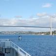 フィヨルドに架かる橋