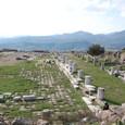 アテナ神殿 この前にはゼウス大祭壇が存在した
