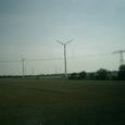 途中風力発電の施設多し