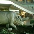 ベルリン駅(何故か恐竜)