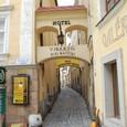 中世の香り 狭い石畳の路地