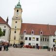 聖マルティン教会と広場
