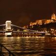 ブダペスト ドナウ川夜景 鎖橋