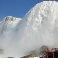 アメリカ滝が迫る