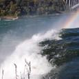 アメリカ滝と虹