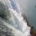 ブライダルベール滝と霧の乙女号