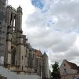 大聖堂に別れを告げる