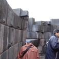 曲面のインカの石垣 貫技術を石垣に応用
