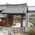 このお寺で茶臼山古墳の場所を訊ねる