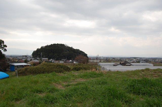 ホケノ山古墳 後円部より箸墓