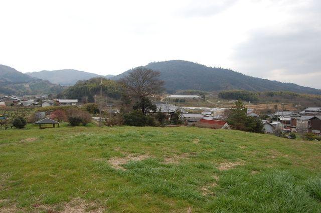 ホケノ山古墳後円部より三輪山