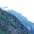 氷河が削った断崖か