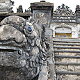カイディン帝廟 龍の階段