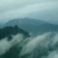 幻想的な山脈