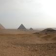 3大ピラミッドとギーザ台地