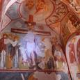 十字架のキリスト リンゴの教会にて