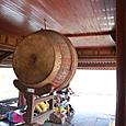 楼にある太鼓 陰陽のマーク