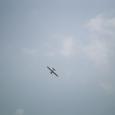 着陸止めて、再度上昇するカブ機