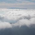 八ヶ岳と富士山(見えますか?ど真ん中)