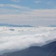 真中に富士山、左、八ヶ岳、手前、霧ヶ峰