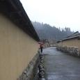 石垣と土塀に囲まれる武家屋敷