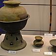 広口壺と器台