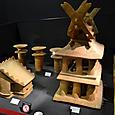 埴輪祭祀場で発掘 片流れの家と千木と鰹木を飾る家