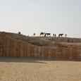 遺跡西の大周壁 砂に埋もれている