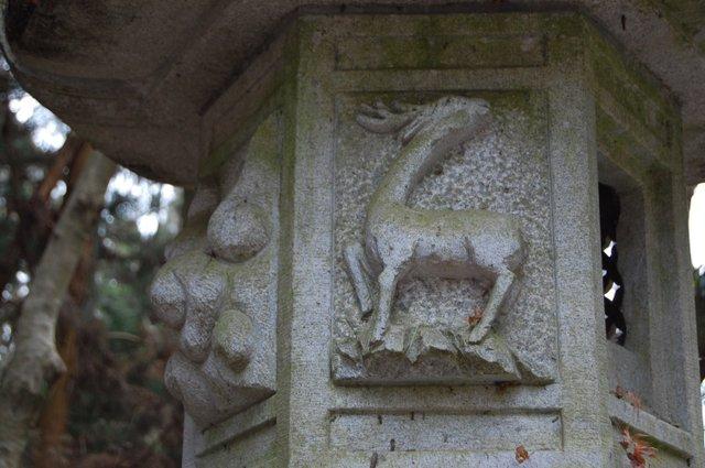 石灯篭 鹿