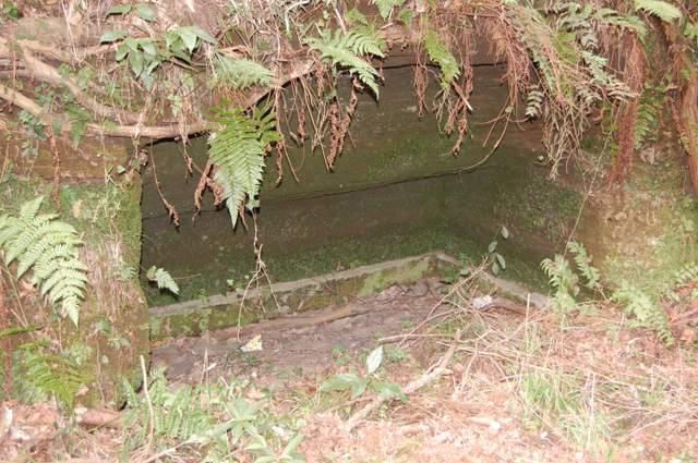 古墳石室跡か