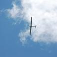 車山山頂を旋回するグライダー