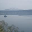 霧ではなく曇りの摩周湖