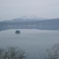 中島と斜里岳遠望