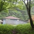閉鎖された御坂峠の小屋