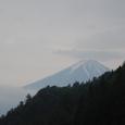 林道から眺める富士