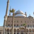 モスク裏側 沢山のミナレット(尖塔)が立つ