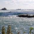 カナダ滝 近景