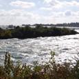 カナダ滝 上流激しい流れ